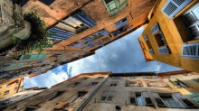 old_buildings_hdr-wallpaper-1366x768.jpg